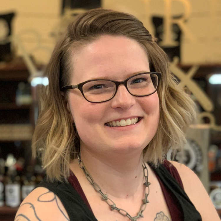 Headshot of Melissa - bourbon barber saskatoon